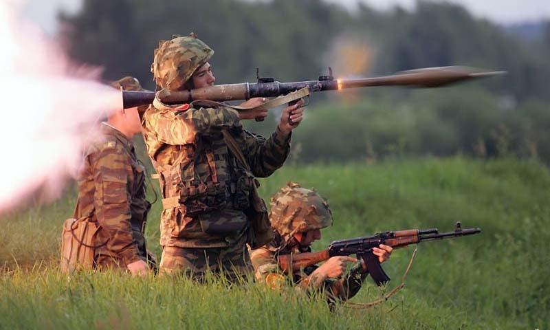 Từ vựng tiếng Trung về vũ khí quân sự